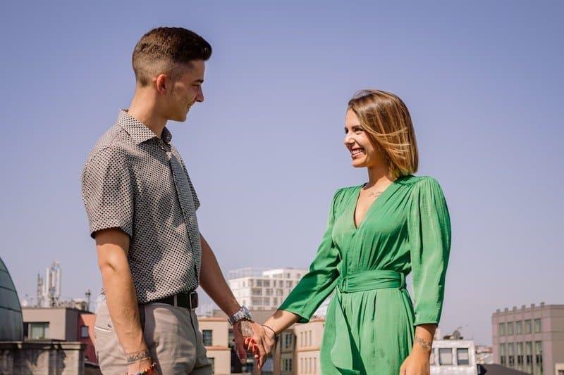 4 tips para encontrar pareja y no morir en el intento