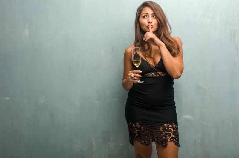 4 Páginas para Conocer Mujeres Infieles Populares en España