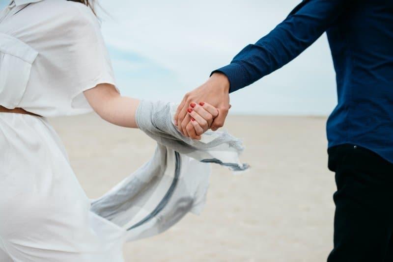 Las 5 Mejores Páginas para Conocer Católicos Solteros ¡Encuentra el Amor!